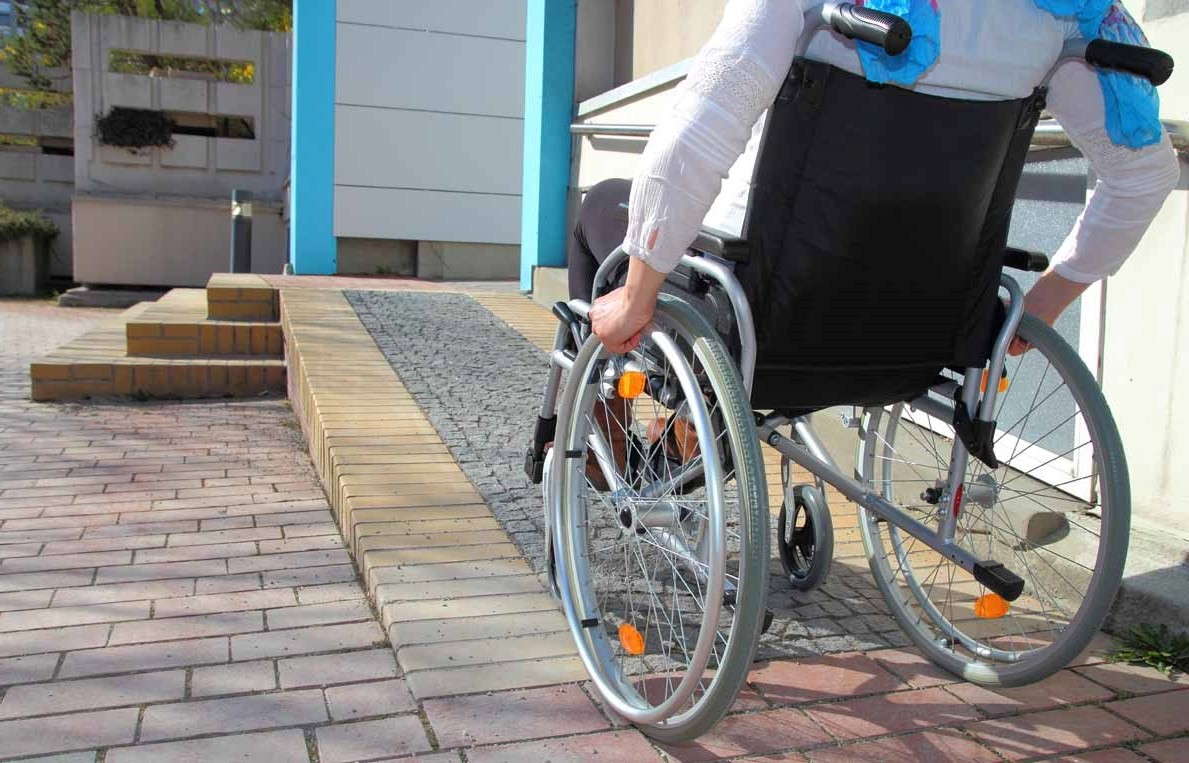 Falta de acessibilidade em edifícios comerciais e residenciais: um problema a ser resolvido